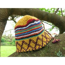 Bonnet jaune multicolore